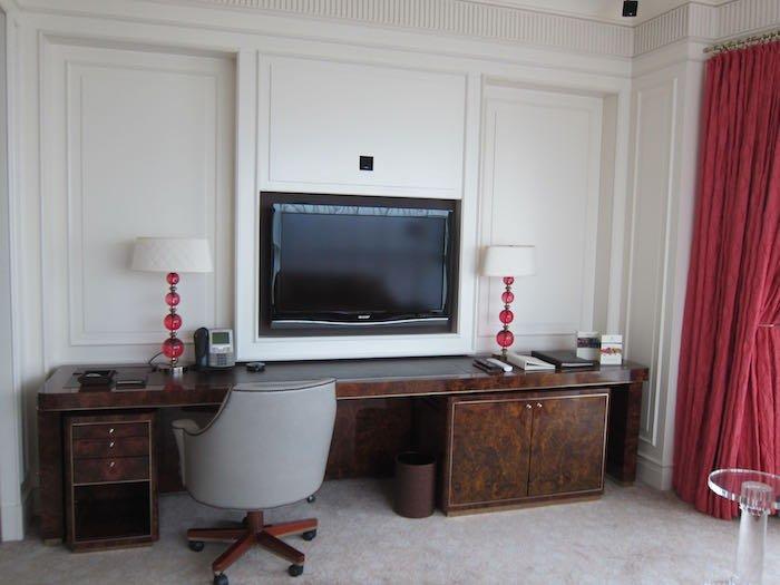 St-Regis-Singapore-Suite-10