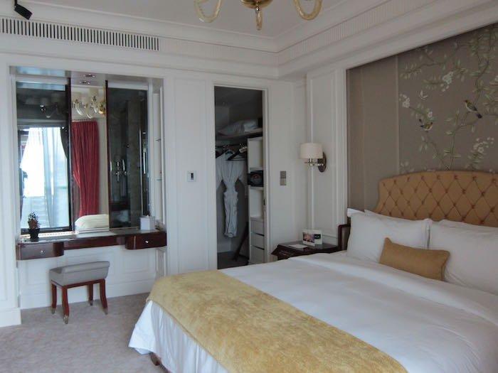 St-Regis-Singapore-Suite-14