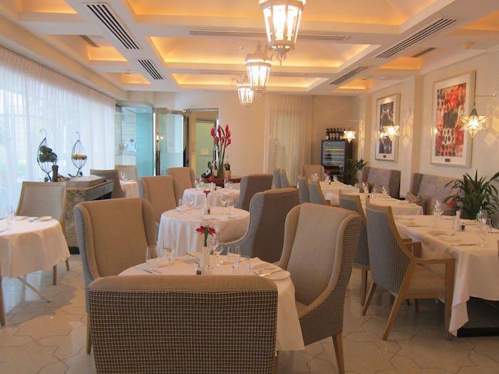 St-Regis-Singapore-Suite-21