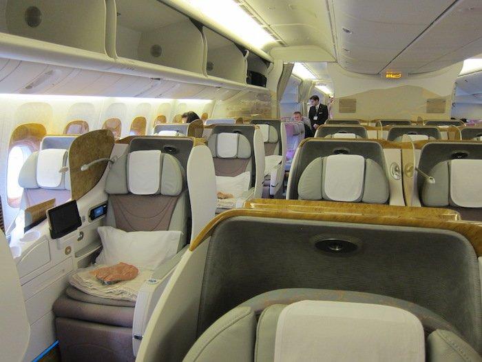 Emirates-777-Business