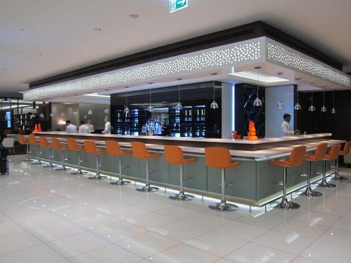 Etihad-Lounge-Abu-Dhabi-22