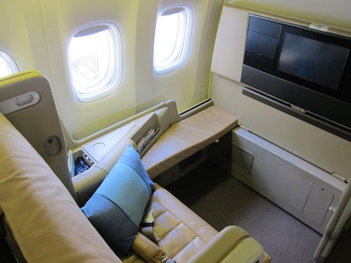 Singapore-Business-Class-777