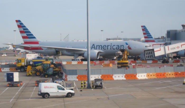 American-First-Class-777-37