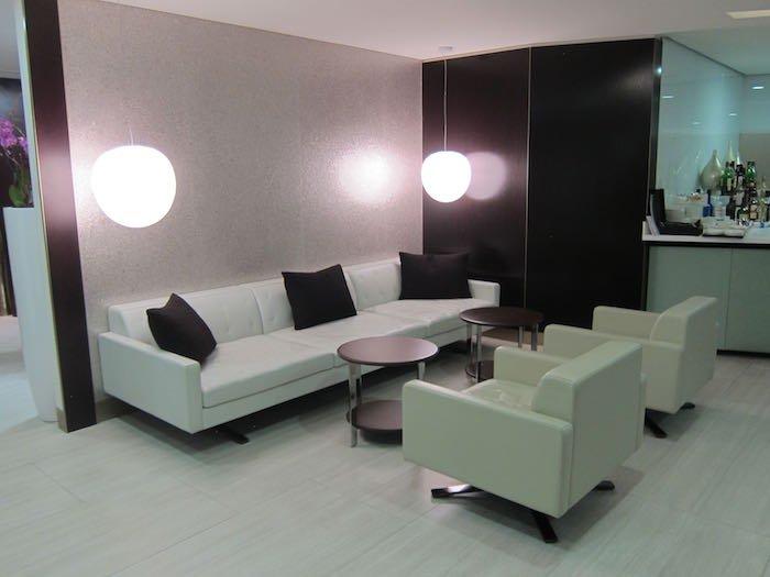 Etihad-Lounge-London-Heathrow-13