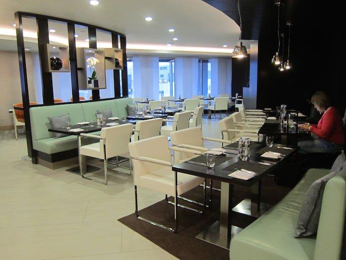 Etihad-Lounge-London-Heathrow-16