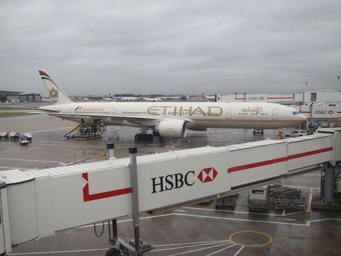 Etihad-Lounge-London-Heathrow-39