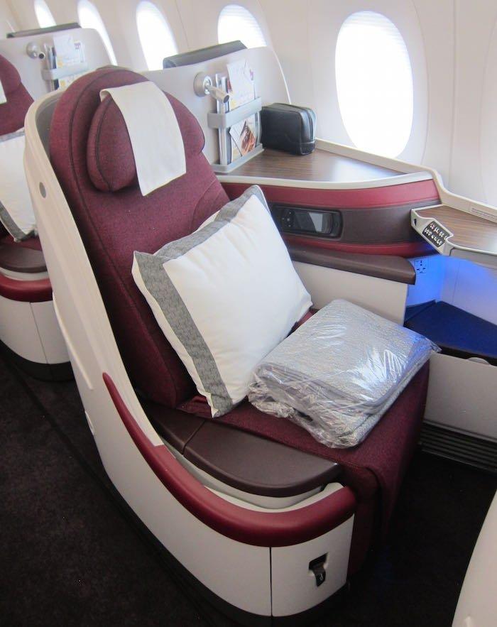 Qatar-Airways-A350-Business-Class-04