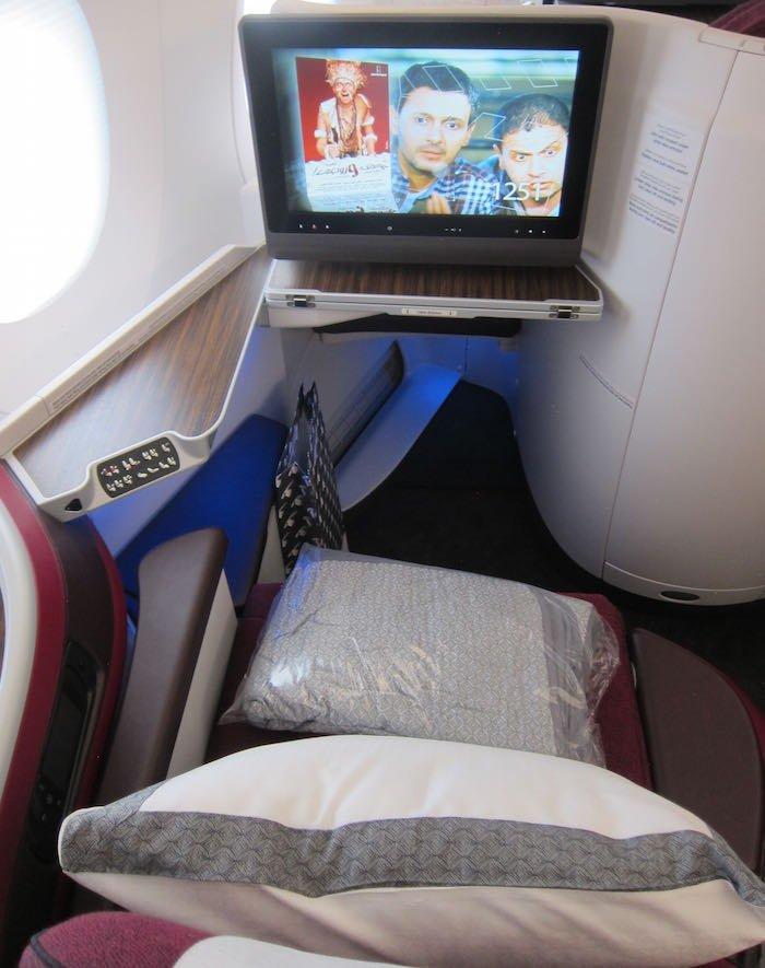 Qatar-Airways-A350-Business-Class-05