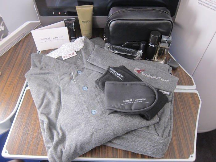 Qatar-Airways-A350-Business-Class-16
