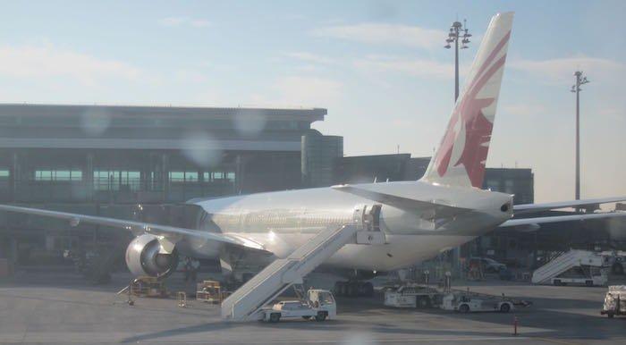 Qatar-Airways-A350-Business-Class-20