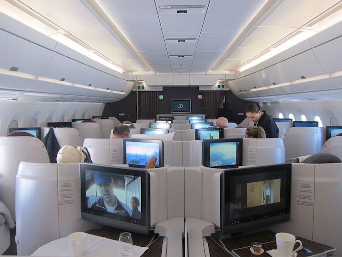 Qatar-Airways-A350-Business-Class-30