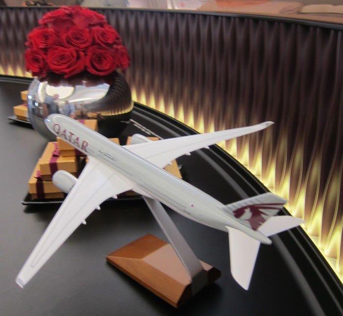 Qatar-Airways-A350-Business-Class-37