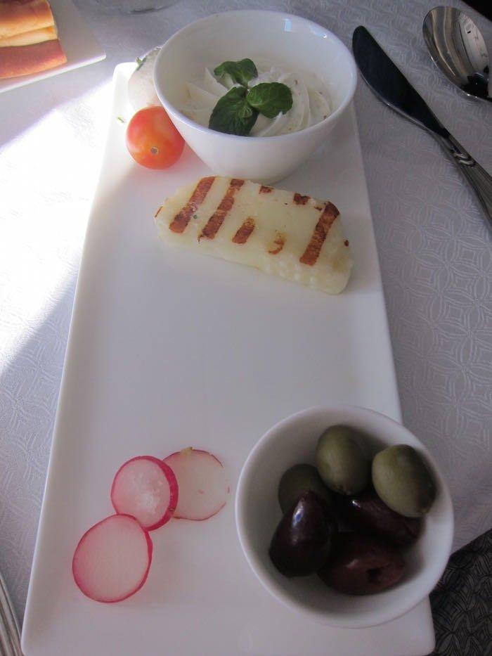 Qatar-Airways-A350-Business-Class-63