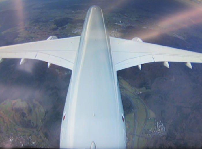 Qatar-Airways-A350-Business-Class-76