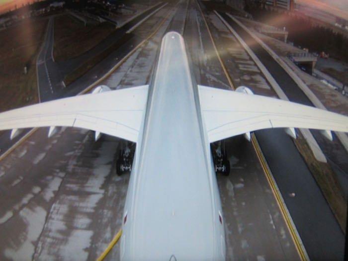 Qatar-Airways-A350-Business-Class-83