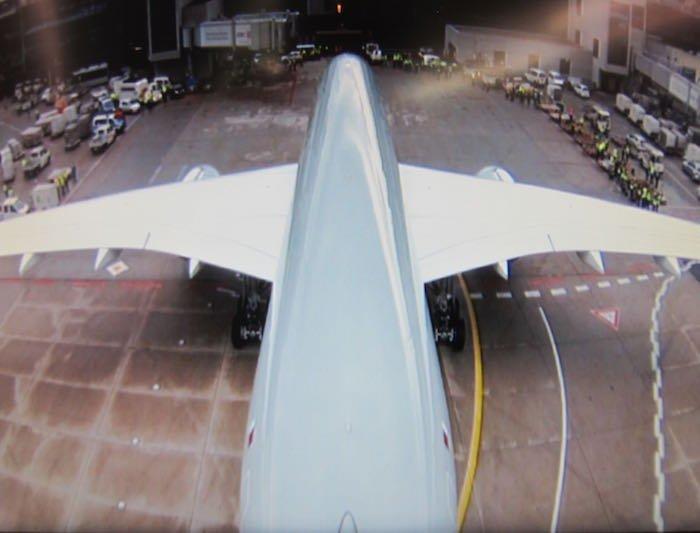Qatar-Airways-A350-Business-Class-95