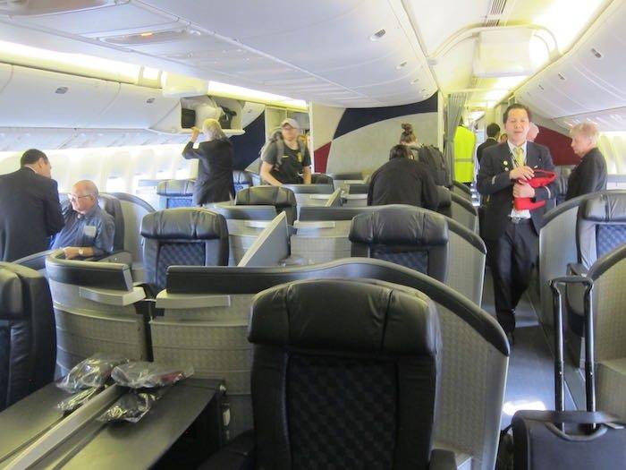American-First-Class-777-02