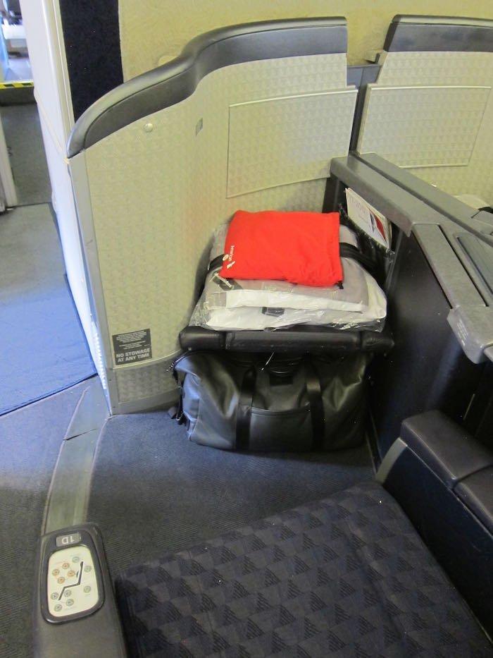 American-First-Class-777-05