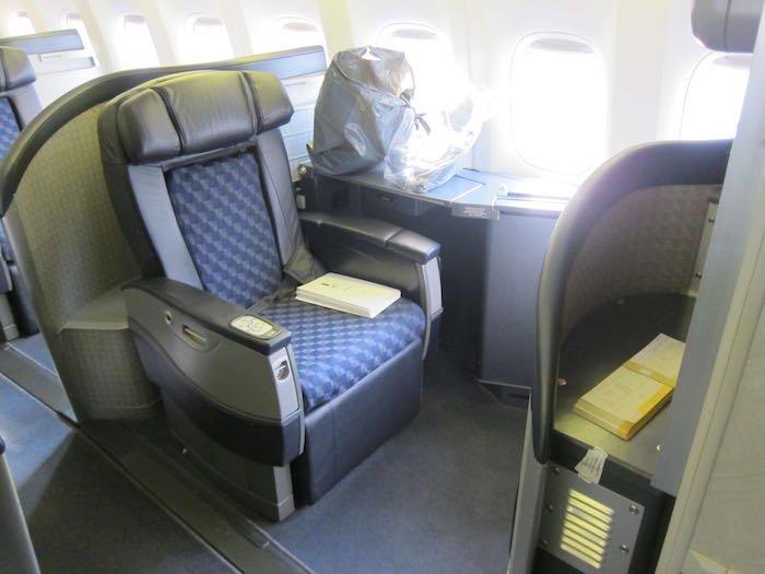 American-First-Class-777-14