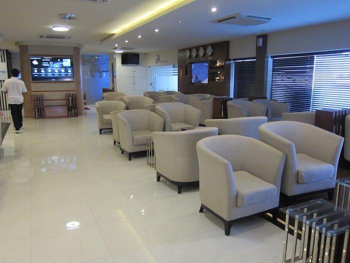 Maldivian-Moonimaa-Lounge-Male-Airport-06