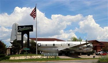Review: The Airplane Restaurant, Colorado Springs