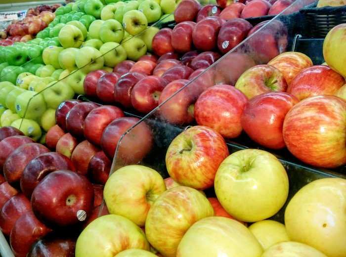 Grocery-apples
