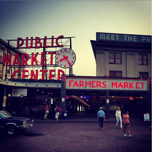 Seattle-Skyline-Market