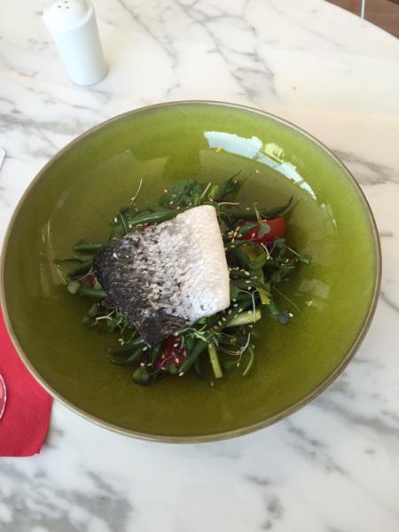 Pea salad with salmon