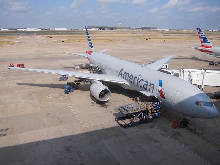 Emirates-Lounge-Dallas-Airport-32