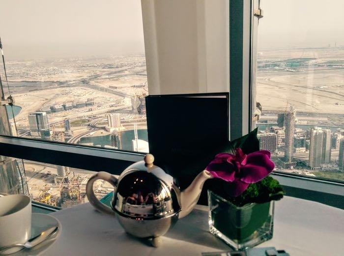 afternoon-tea-dubai-burj-khalifa-07