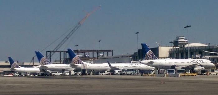United-UA-tails-1