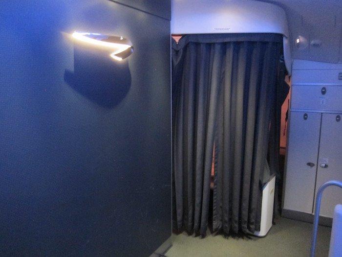 British-Airways-A380-Business-Class - 17