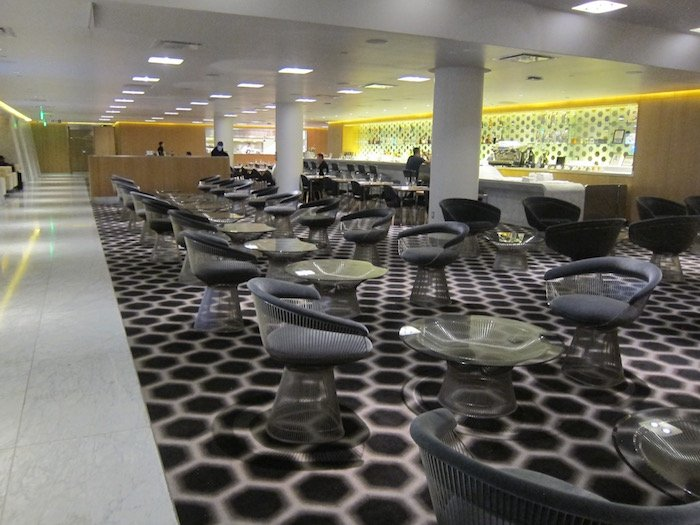 Qantas-Lounge-LAX - 13