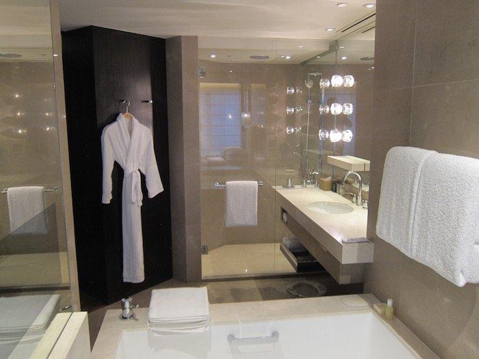 Grand-Hyatt-Hong-Kong-Grand-Suite - 24
