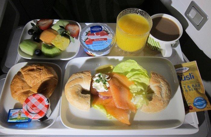 Finnair-Business-Class-A350 - 75