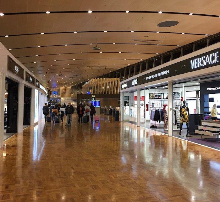 Helsinki-Airport-Lounge - 6