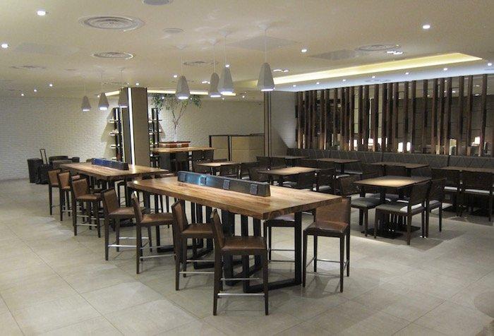 Plaza-Premium-Lounge-London-Heathrow - 11