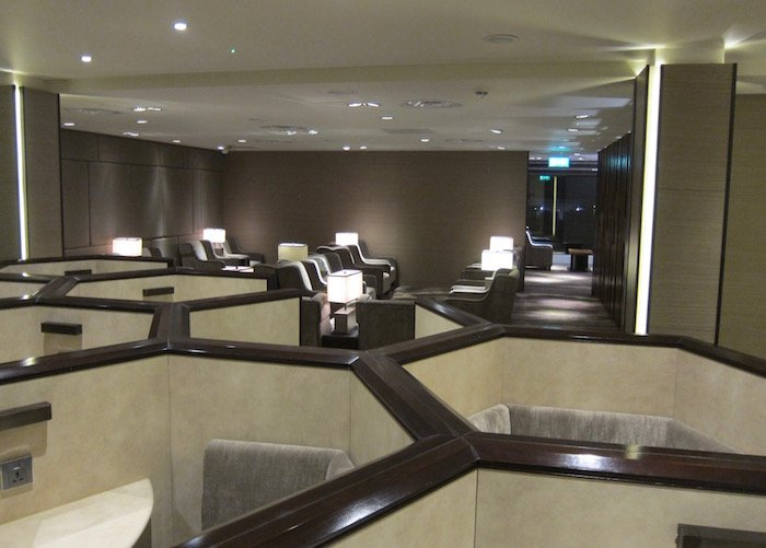 Plaza-Premium-Lounge-London-Heathrow - 18