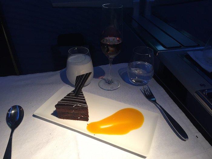 Qatar-Airways-Business-Class - 39