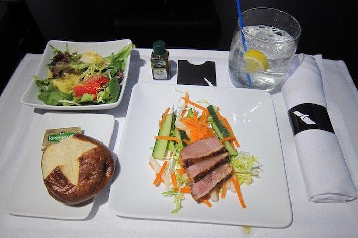 American-Business-Class-A321 - 24