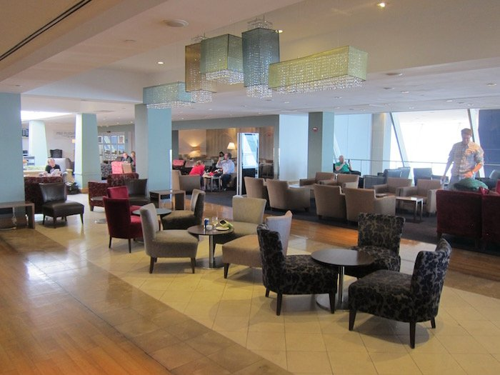British-Airways-Lounge-JFK - 18