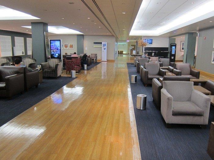 British-Airways-Lounge-JFK - 37