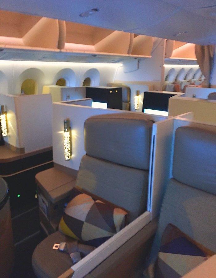 Etihad-787-Business-Class