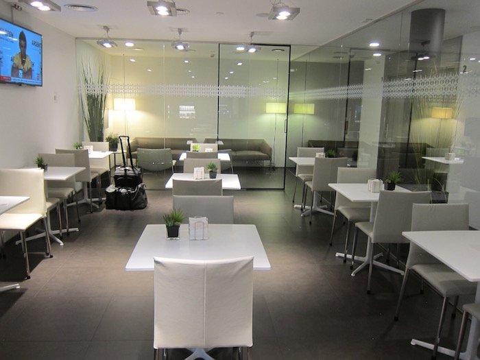 Iberia-Arrivals-Lounge-Madrid-Airport - 13