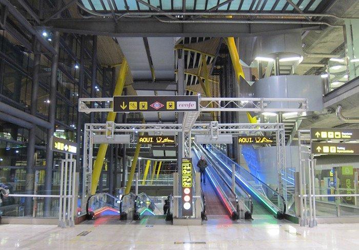 Iberia-Arrivals-Lounge-Madrid-Airport - 5