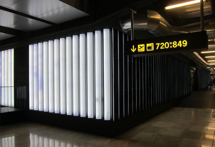 Iberia-Arrivals-Lounge-Madrid-Airport - 6
