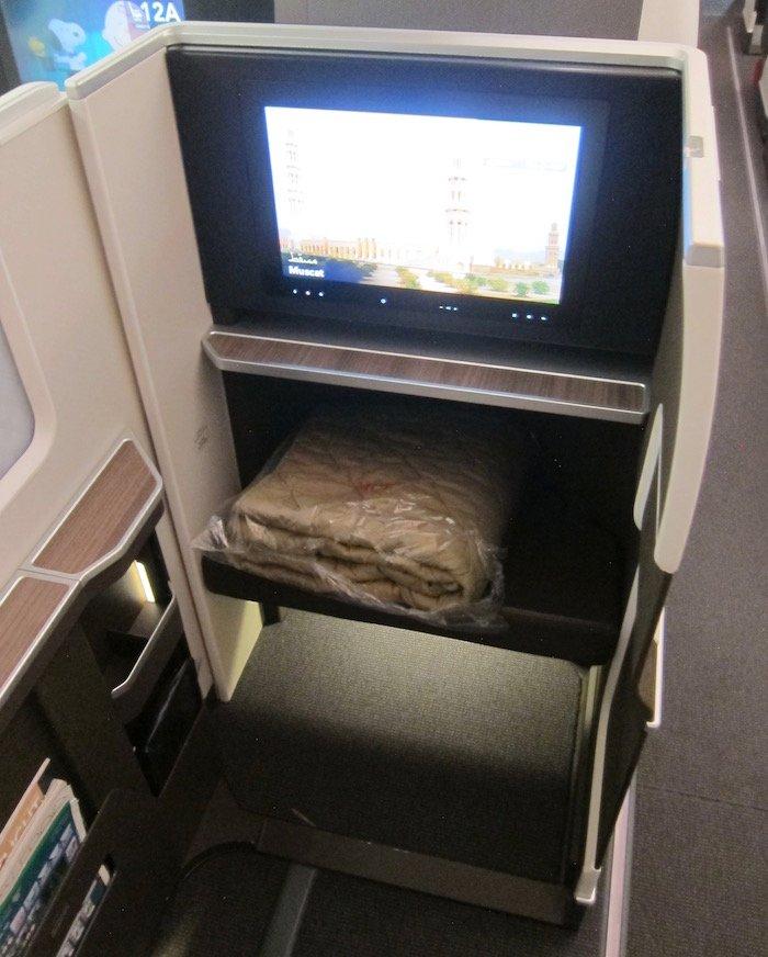 Oman-Air-787-Business-Class - 10