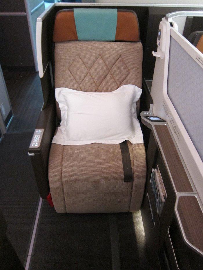 Oman-Air-787-Business-Class - 9