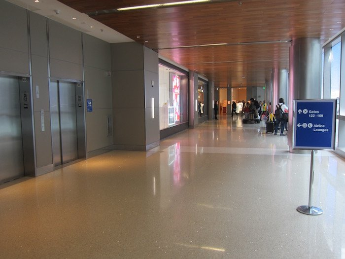LAX Terminal Connector