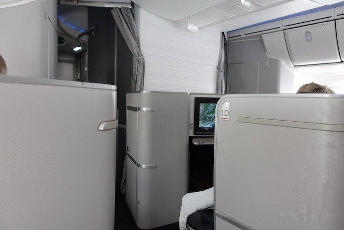 Air-Canada-787-Business-Class - 41